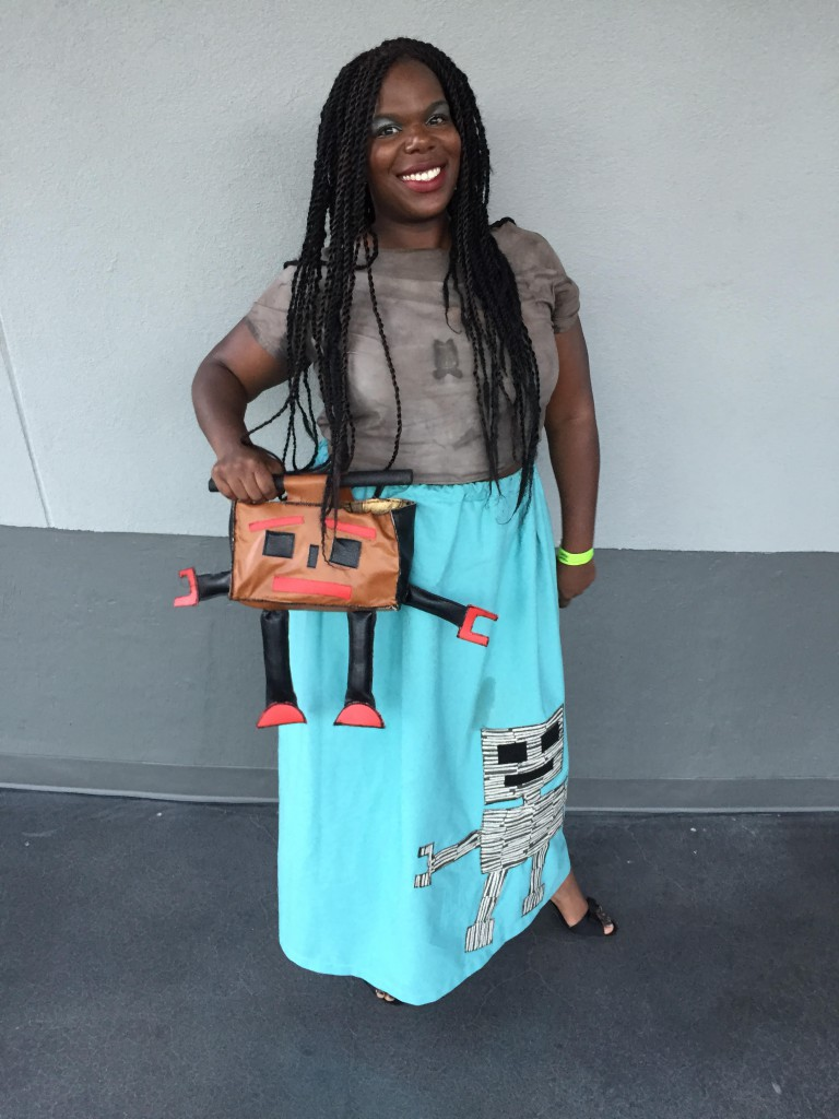robot skirt and robot purse