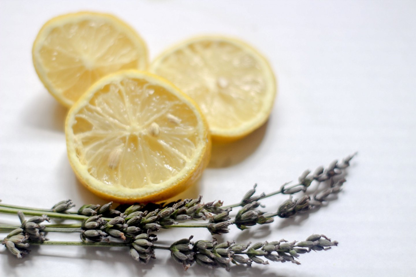 Want to Stay Zen AF? Get Some Lavender and Lemon Oil.